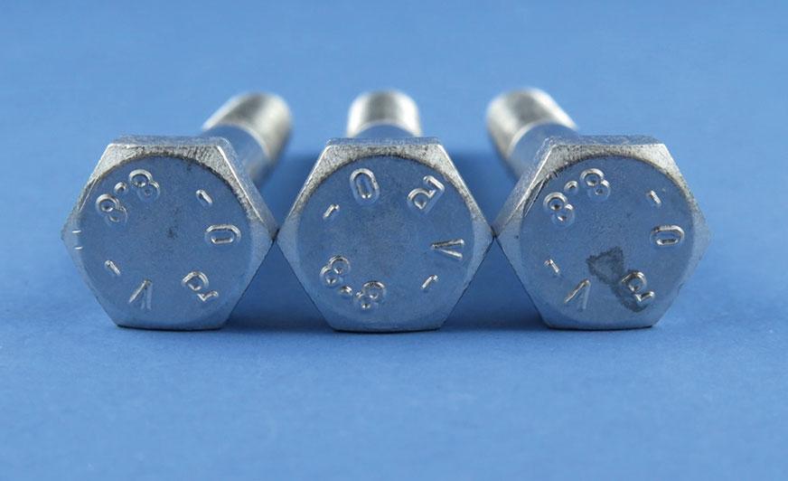 Elementy pokryte w procesie Zinni® 220 przy 1,2 A/dm² poddane testowi przyczepności.