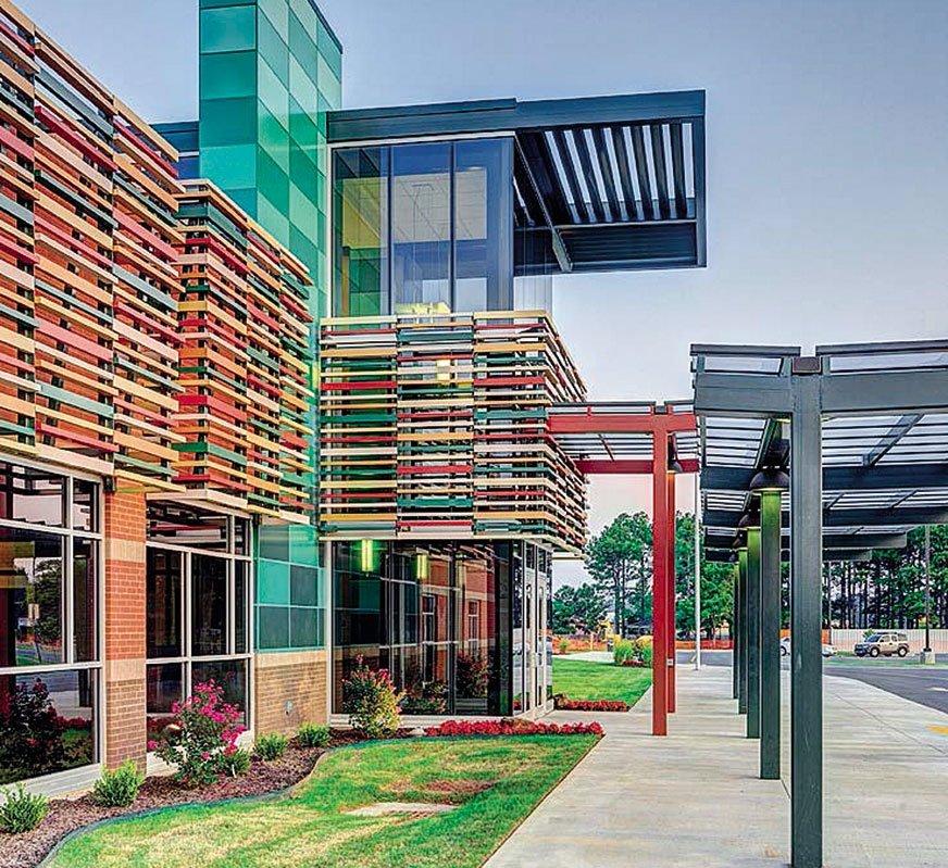 Sherwin-Williams oferuje m.in. architektoniczne farby proszkowe.