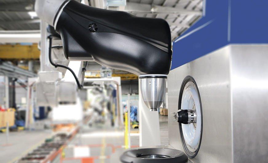 Wysokoobrotowy atomizer rotacyjny z wewnętrznym systemem ładowania.