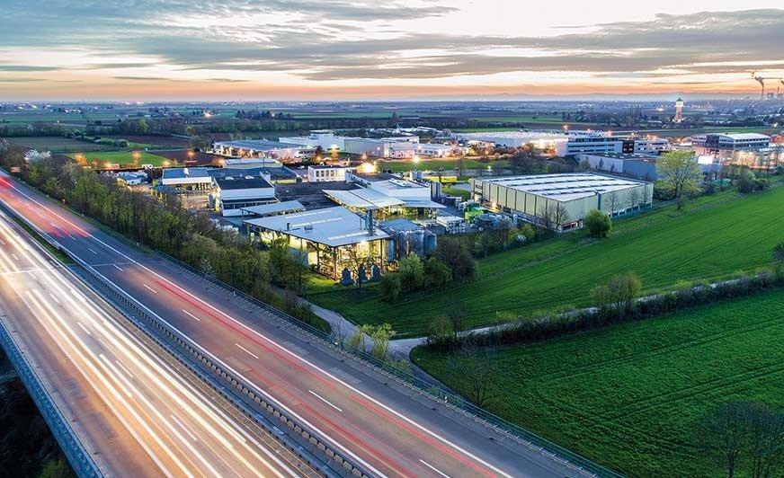 Firma Kluthe od 70 lat stale opracowuje coraz bardziej innowacyjne i zrównoważone produkty. Na zdjęciu zakład Kluthe w Heidelbergu Wieblingen w Niemczech.